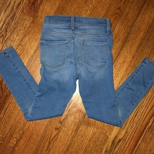Old Navy Bottoms - Old Navy Ballerina Jeans- light wash